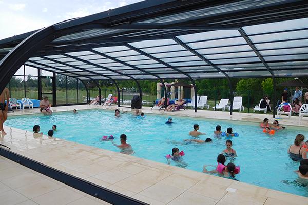 Espace Aqualudique Camping Avec Parc Aquatique Couvert Natation Campilo